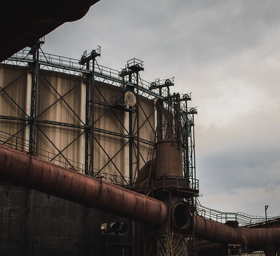Sản xuất dầu khí